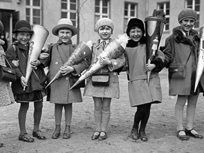 Girls with presents for Mother's Day